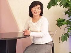 高齢人妻熟女動画 あっふ〜ん : ダルダルボディの五十路妻が他人棒で突かれてよがり狂う! 石倉久子