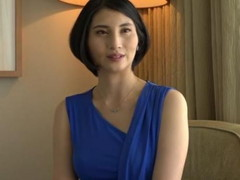 えろろぐ : 【流出】気品あふれるルックスの元CA美人妻が出演したAVのマ●コ丸見えもの!!