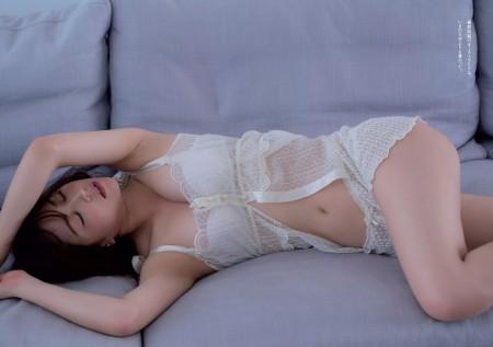 白間美瑠の画像032