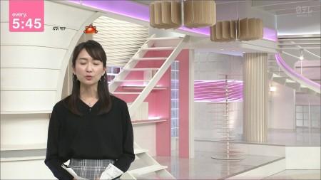 中島芽生アナの画像035