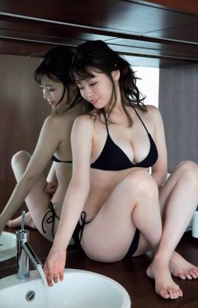 井口綾子の画像026