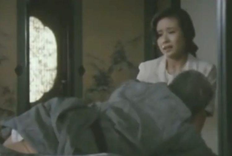 【小柳ルミ子】熟女の色気で翻弄する濡れ場