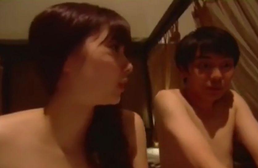 【新川優愛】ラブラブなひと時を過ごす濡れ場
