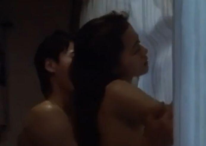 【黒谷友香】後背位から挿入を促す濡れ場