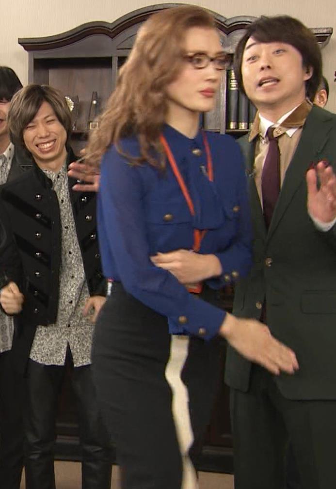 綾瀬はるか エロいタイトスカートキャプ・エロ画像7