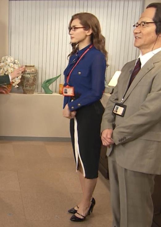 綾瀬はるか エロいタイトスカートキャプ・エロ画像8