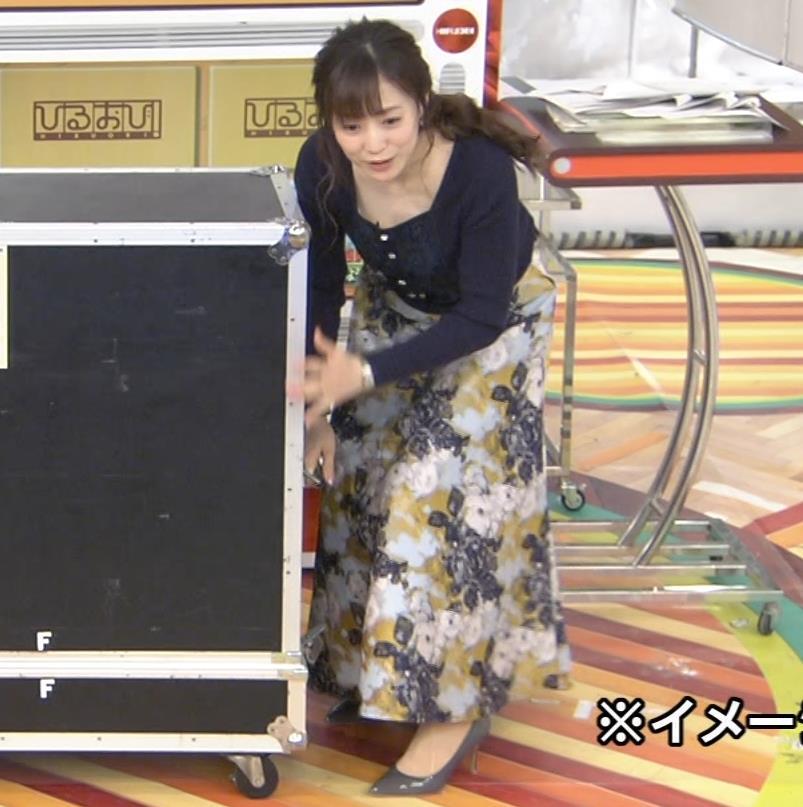 江藤愛アナ 胸ちらハプニングキャプ・エロ画像