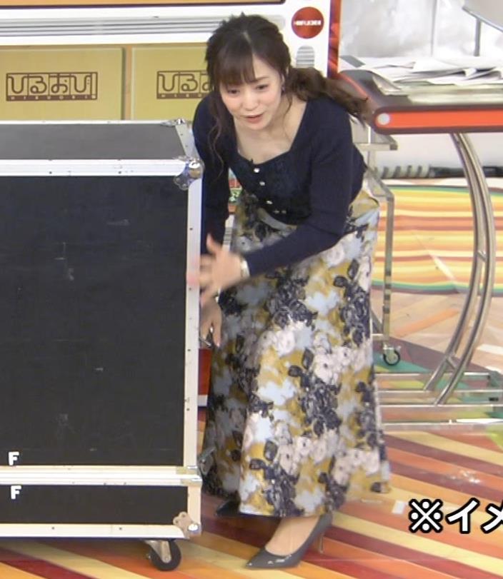 江藤愛アナ 胸ちらハプニングキャプ・エロ画像4