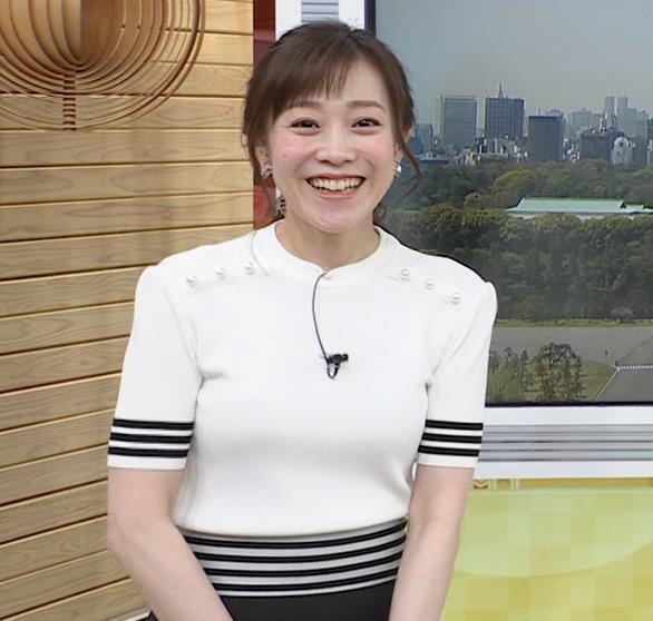 江藤愛アナ ピチピチな衣装キャプ・エロ画像7