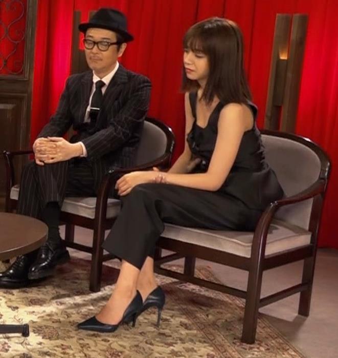 池田エライザ ノースリーブのエロいワキキャプ・エロ画像12