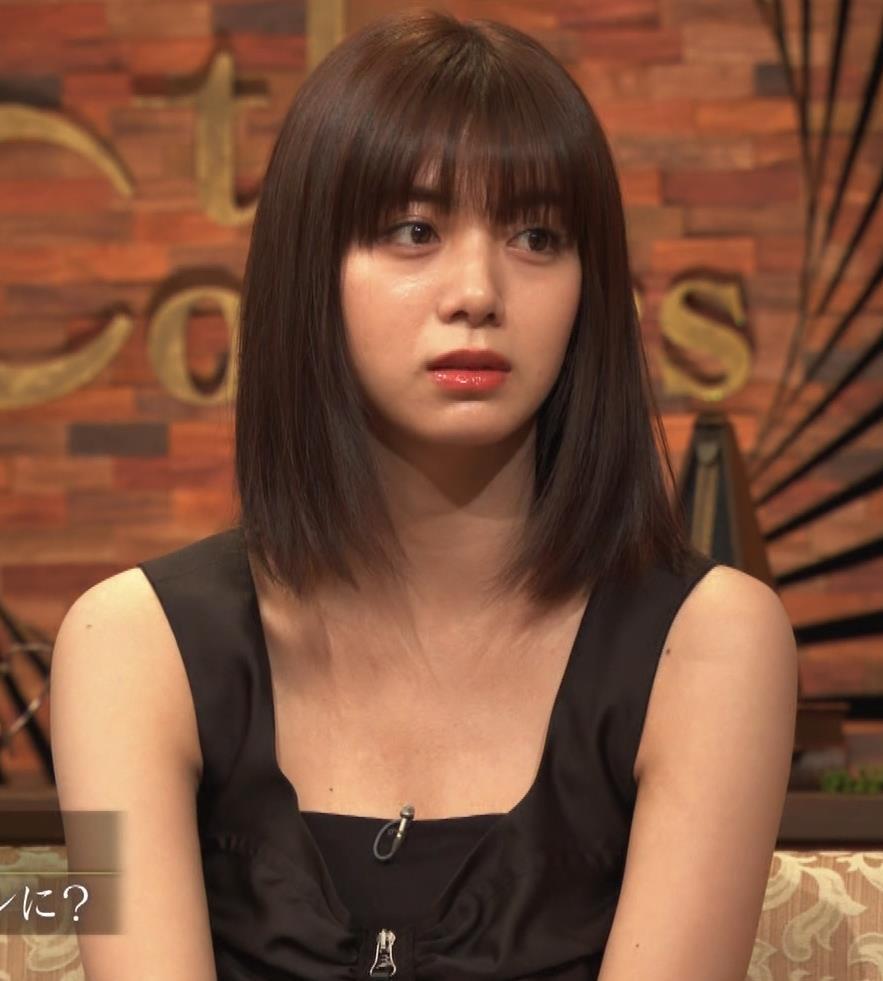 池田エライザ ノースリーブのエロいワキキャプ・エロ画像6