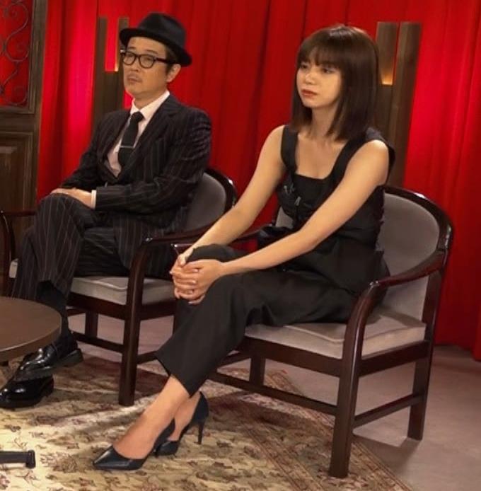 池田エライザ ノースリーブのエロいワキキャプ・エロ画像10