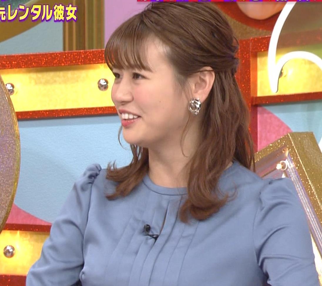 井口綾子 セクハラに負けて胸元見せ&縄跳び乳揺れキャプ・エロ画像6