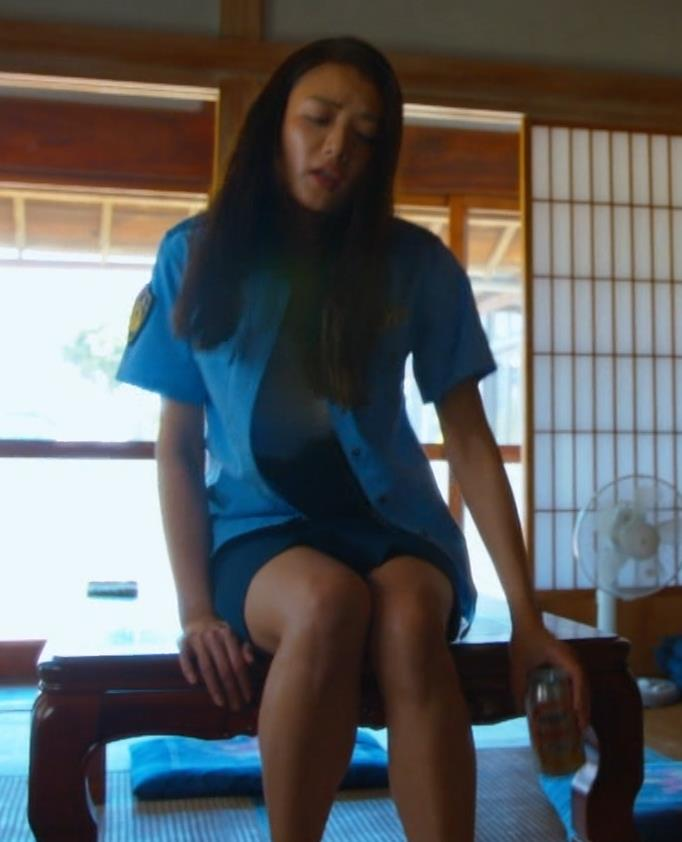片山萌美 パンチラとかエロ警官役キャプ・エロ画像17