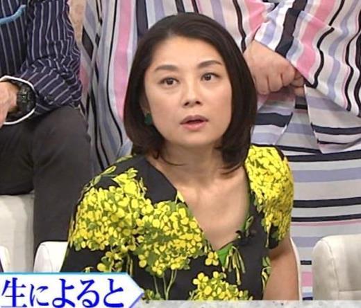小池栄子 胸元エロキャプ画像(エロ・アイコラ画像)