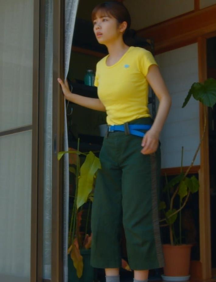 小芝風花 胸が大きくてTシャツおっぱいがエロいキャプ・エロ画像11