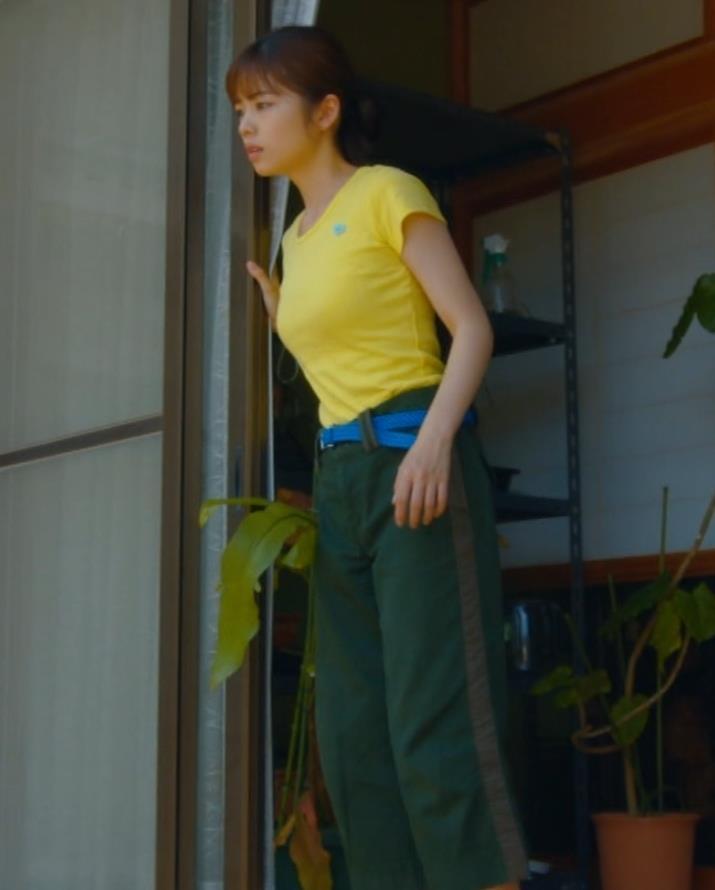 小芝風花 胸が大きくてTシャツおっぱいがエロいキャプ・エロ画像9