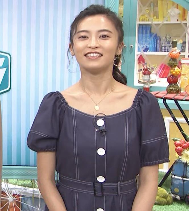 小島瑠璃子 鎖骨露出キャプ・エロ画像2