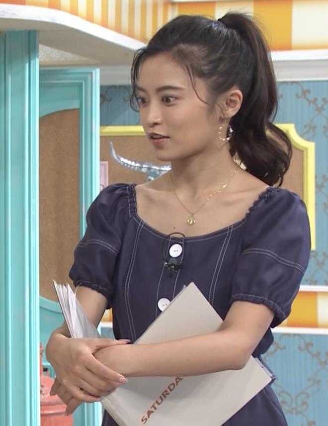 小島瑠璃子 鎖骨露出キャプ・エロ画像7