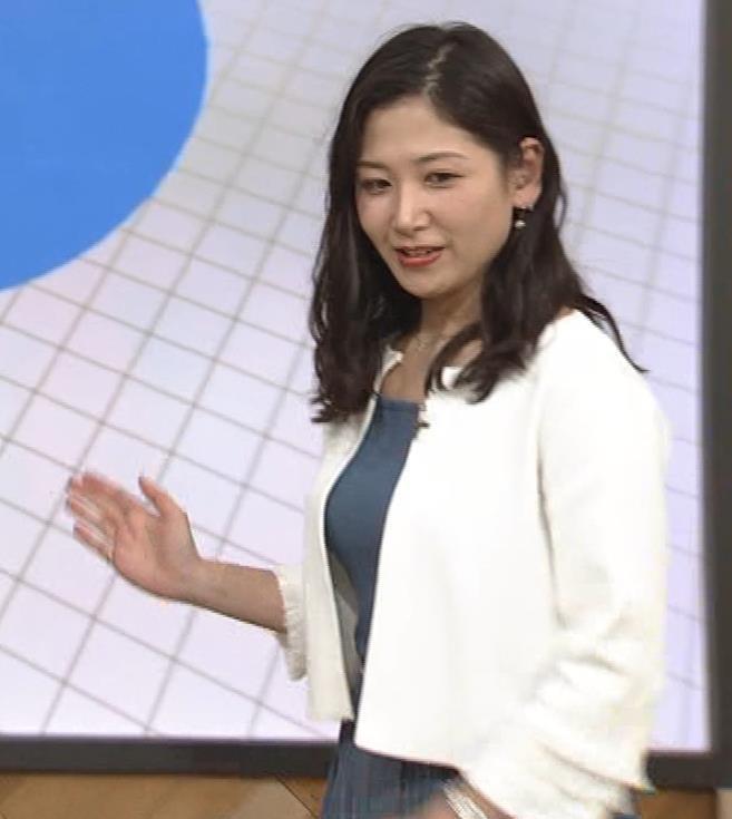 桑子真帆アナ 巨乳が猛アピールしてたよキャプ・エロ画像7