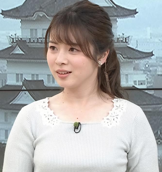 皆川玲奈アナ 朝からエロい横乳キャプ・エロ画像6