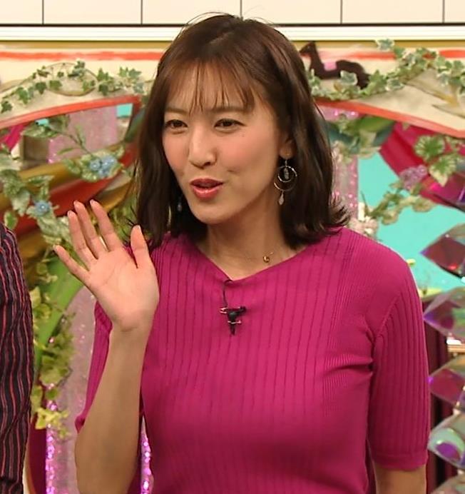 小澤陽子アナ おっぱいのデカさが際立つニットキャプ・エロ画像14