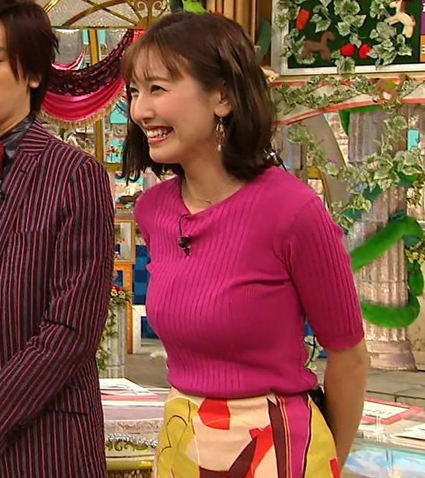 小澤陽子アナ おっぱいのデカさが際立つニットキャプ・エロ画像4