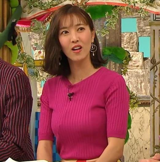 小澤陽子アナ おっぱいのデカさが際立つニットキャプ・エロ画像9