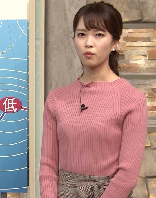 下村彩里アナ ニット微乳キャプ・エロ画像