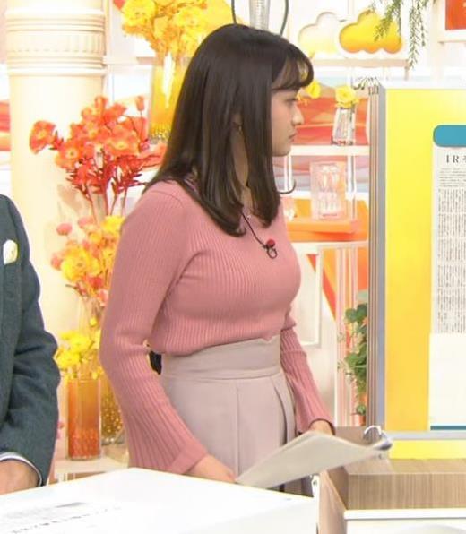 篠原梨菜アナ エッチなニットおっぱいキャプ画像(エロ・アイコラ画像)