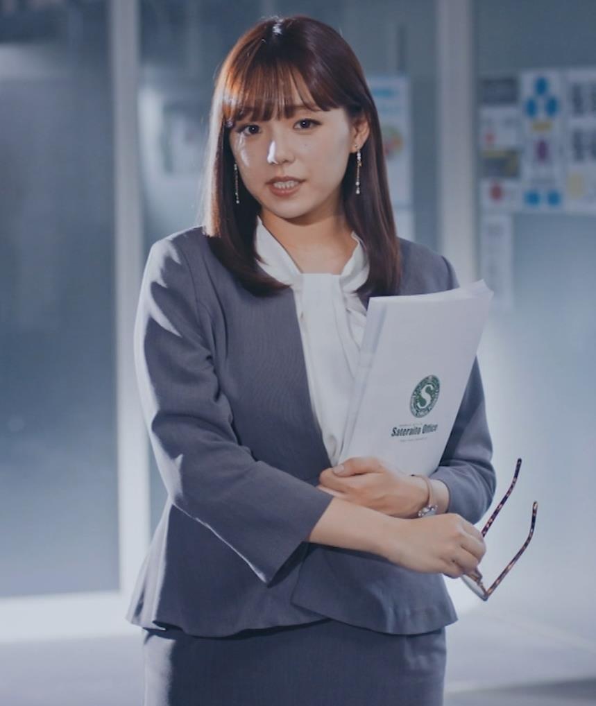 篠崎愛 こんなかわいい子と一緒に働きたくなるCMキャプ・エロ画像4