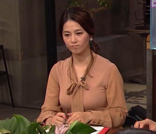 杉浦友紀アナ 遠目に見ると裸に見えるエロい色の服キャプ・エロ画像9