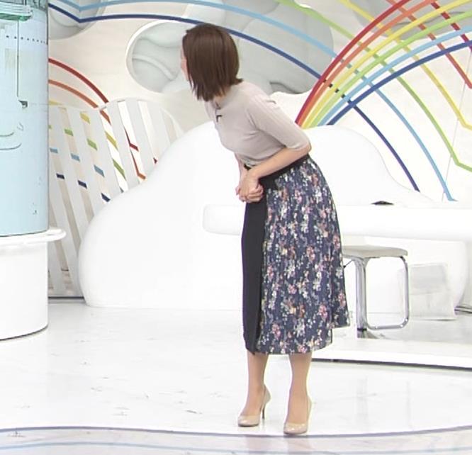 徳島えりかアナ 朝からダンスでおっぱい揺れ揺れ!![動画]キャプ・エロ画像11