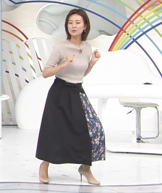 徳島えりかアナ 朝からダンスでおっぱい揺れ揺れ!![動画]キャプ・エロ画像9