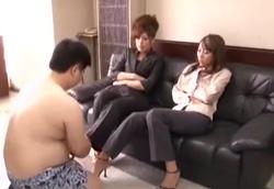 ドSな女上司様たちに足蹴にされるポッチャリ豚M男!!高野千莉 彩佳リリス(藤崎クロエ)1