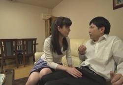 童貞喰い痴熟女に勃起薬を飲まされて… 三浦恵理子1