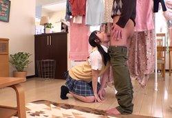【痴女】彼女の妹の誘惑に耐えきれず、こっそりフェラ責め大量顔射!!七沢みあ2