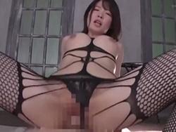 水沢美心 完璧ボディを誇るエロ下着姿の巨乳痴女が情熱的な騎乗位SEX!1